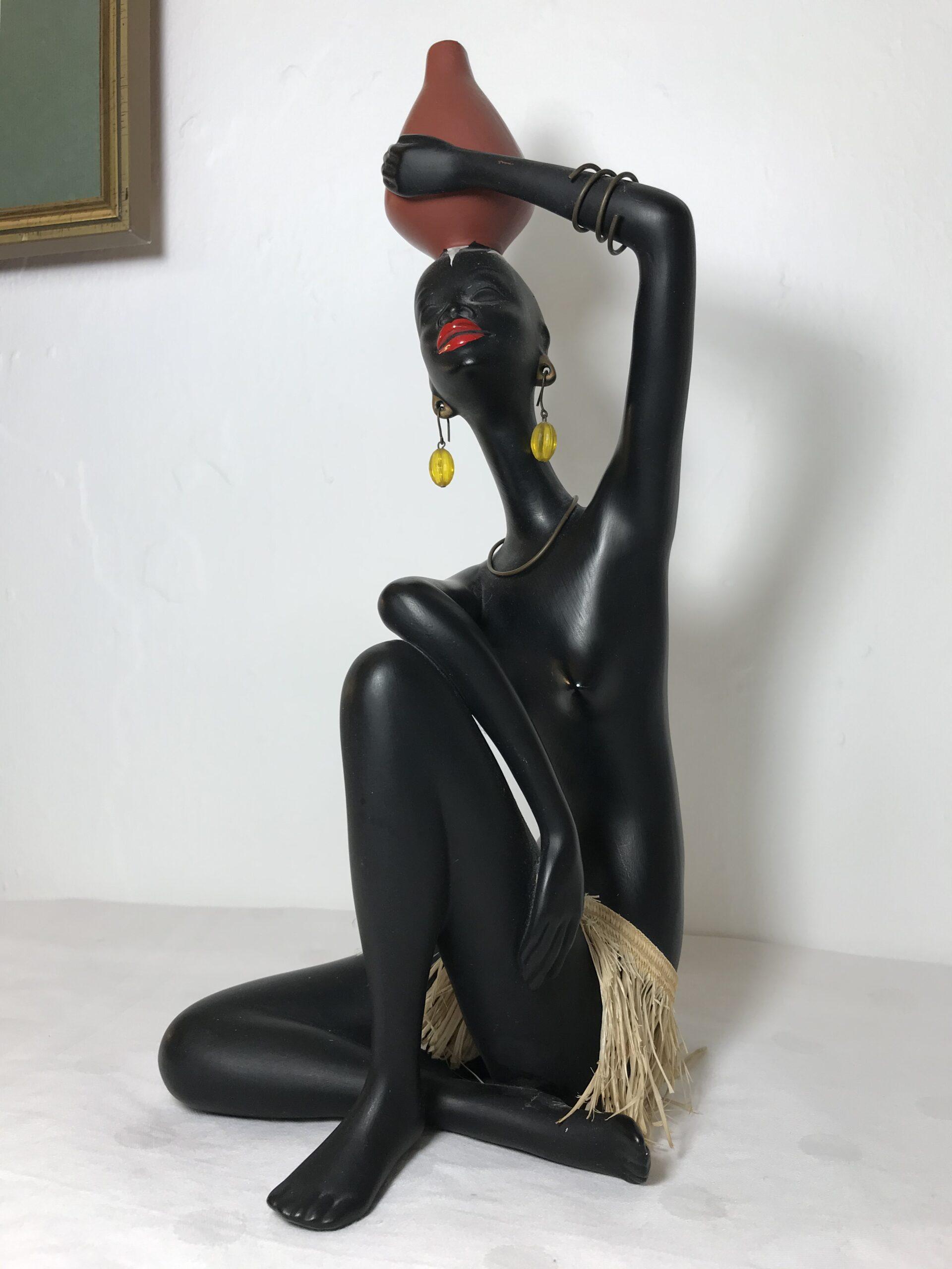 Cortendorf Keramik Figur Afrikanerin Baströckchen Krug