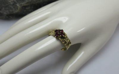 Vintage Granat Ring / Damenring 333 / 8k Gold