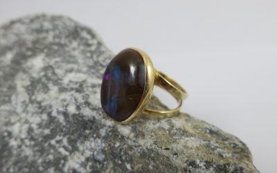 Vintage Opal Ring / Damenring 750 / 18K Gold , RG 57 / 11,6 Gramm