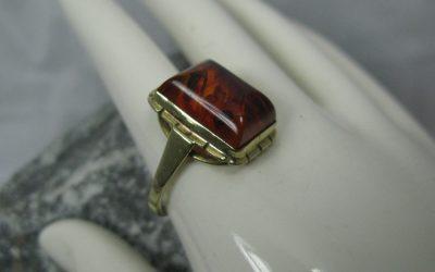 Vintage Bernstein Ring / Damenring 333 / 8K Gold