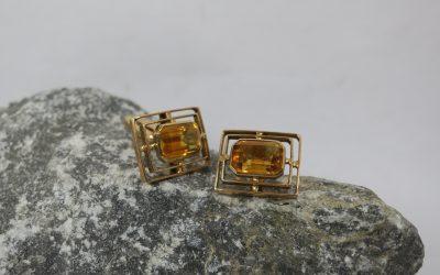 Vintage Paar Manschettenknöpfe 750 / 18K Gold mit Goldtopas – Handarbeit